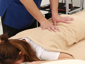 腰の痛み・腰痛の施術写真